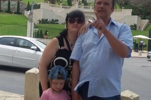 Семейная русская пара ищет работу в канадских семьях
